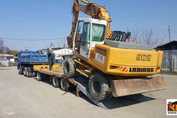 transport_masina3A907771-42C7-2B07-121A-41F6DA0D31F2.jpg