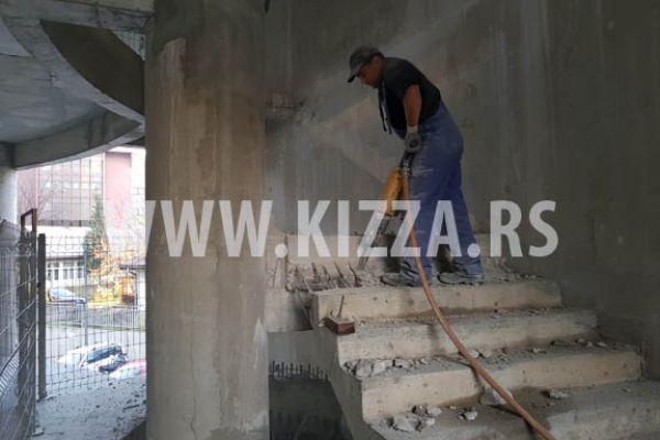 razbijanje_betona_1071FDDF44-BFD0-58B9-9634-EB01FAFC0A14.jpg