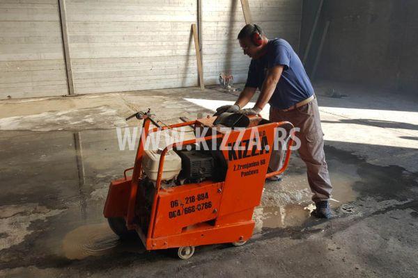secenje_betona_186494826-5F7A-90DE-508C-C2DCF56BAFF4.jpg
