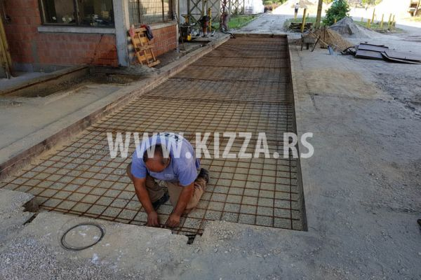 betoniranje_asfaltiranje_23E511BF3A-CB8B-748B-79AA-6E7FF42615EF.jpg