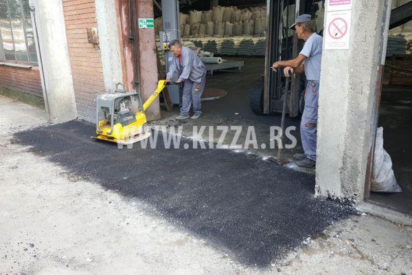 peglanje_asfalta_3EEF4521A-8F4F-D788-8FD5-09B263D3287B.jpg